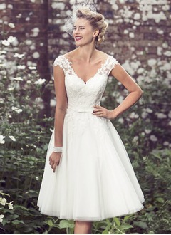A-Line/Princess V-neck Tea-Length Tulle Lace Wedding Dress With Bow(s) (0025119893)