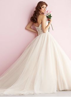Ball-Gown Strapless Sweetheart Cathedral Train Organza Tulle Wedding Dress With Ruffle Beading