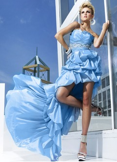 A-Line/Princess Strapless Asymmetrical Taffeta Homecoming Dress With Ruffle Beading Pleated