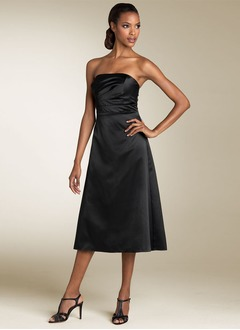 A-Line/Princess Strapless Tea-Length Satin Cocktail Dress