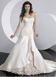 A-Line/Princess Sweetheart Chapel Train Satin Lace Wedding Dress With Ruffle Appliques Lace