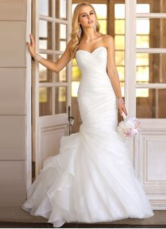 Trumpet/Mermaid Strapless Sweetheart Sweep Train Organza Wedding Dress With Ruffle Cascading Ruffles