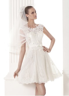 A-Line/Princess Scoop Neck Short/Mini Tulle Lace Wedding Dress With Beading Bow(s)