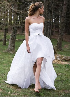 A-Line/Princess Strapless Sweetheart Asymmetrical Chiffon Lace Wedding Dress With Bow(s)