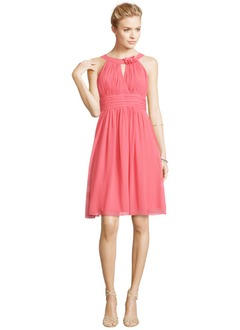 A-Line/Princess Scoop Neck Knee-Length Chiffon Cocktail Dress With Ruffle Flower(s)