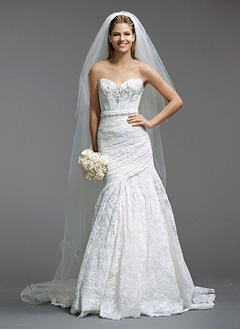 Trumpet/Mermaid Strapless Sweetheart Sweep Train Lace Wedding Dress With Ruffle Beading