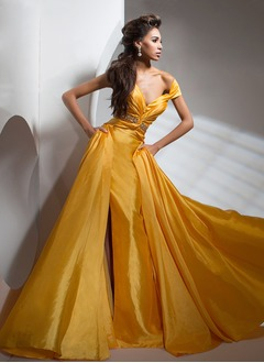 A-Line/Princess V-neck Court Train Taffeta Evening Dress With Ruffle Beading Split Front