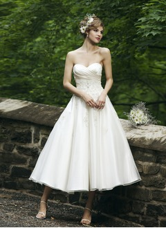 A-Line/Princess Strapless Sweetheart Tea-Length Organza Satin Wedding Dress With Ruffle Lace Beading