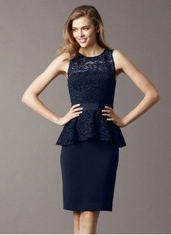 Sheath/Column Scoop Neck Knee-Length Chiffon Lace Evening Dress