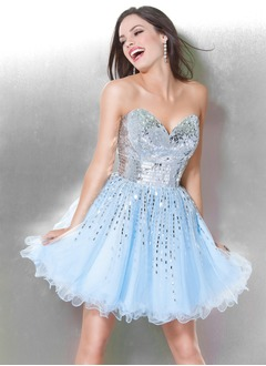 A-Line/Princess Strapless Sweetheart Short/Mini Tulle Homecoming Dress With Sequins