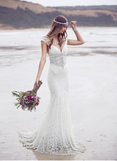 Trumpet/Mermaid V-neck Sweep Train Lace Wedding Dress With Beading Bow(s)