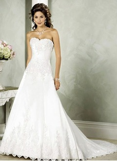 A-Line/Princess Strapless Sweetheart Chapel Train Satin Lace Wedding Dress With Beading