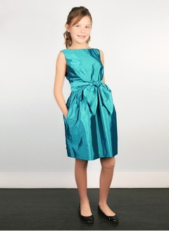 Sheath/Column Scoop Neck Knee-Length Taffeta Flower Girl Dress With Sash