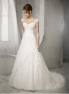 Ball-Gown Sweetheart Court Train Tulle Wedding Dress With Beading Appliques Lace (0025098912)