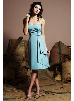 A-Line/Princess Strapless Sweetheart Knee-Length Satin Bridesmaid Dress With Ruffle