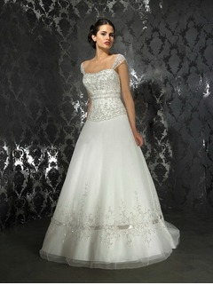 A-Line/Princess Sweetheart Chapel Train Organza Satin Wedding Dress With Embroidered Beading
