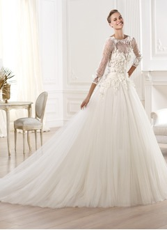 Ball-Gown Scoop Neck Royal Train Tulle Lace Wedding Dress With Appliques Lace Flower(s)