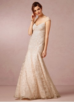 Trumpet/Mermaid V-neck Sweep Train Lace Wedding Dress With Ruffle