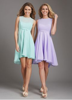Empire Scoop Neck Asymmetrical Chiffon Bridesmaid Dress With Bow(s)