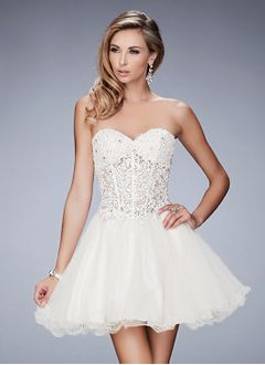 A-Line/Princess Strapless Sweetheart Short/Mini Tulle Lace Homecoming Dress