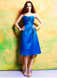 Empire Strapless Sweetheart Knee-Length Satin Bridesmaid Dress With Ruffle Flower(s)