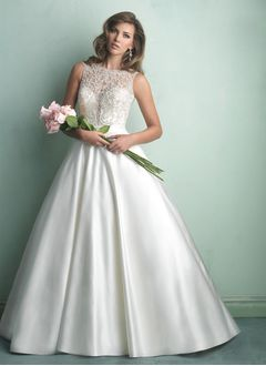 Ball-Gown Scoop Neck Chapel Train Satin Tulle Wedding Dress With Lace Beading