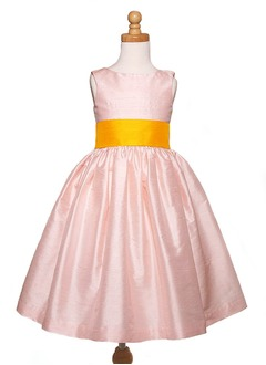 A-Line/Princess Scoop Neck Floor-Length Taffeta Flower Girl Dress With Ruffle Sash