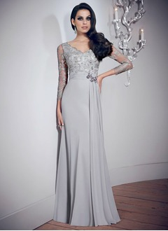 A-Line/Princess V-neck Floor-Length Chiffon Mother of the Bride Dress With Beading Appliques Lace