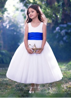 A-Line/Princess Scoop Neck Tea-Length Tulle Flower Girl Dress With Ruffle Sash Bow(s)