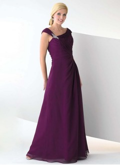A-Line/Princess Floor-Length Chiffon Mother of the Bride Dress With Ruffle Crystal Brooch