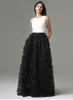 Ball-Gown Scoop Neck Floor-Length Chiffon Tulle Evening Dress With Flower(s)