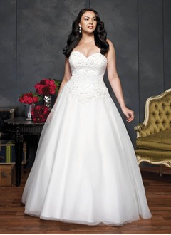 Ball-Gown Strapless Sweetheart Court Train Tulle Wedding Dress With Beading