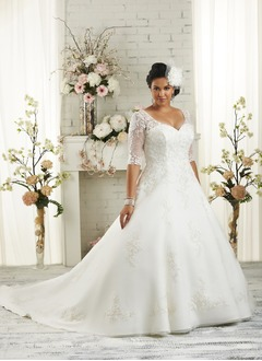 Ball-Gown V-neck Court Train Satin Tulle Wedding Dress With Appliques Lace