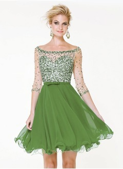 A-Line/Princess Scoop Neck Short/Mini Organza Homecoming Dress With Beading Bow(s)