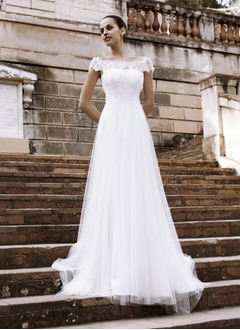 A-Line/Princess Off-the-Shoulder Chapel Train Tulle Wedding Dress With Lace