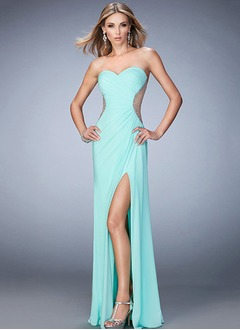 Sheath/Column Strapless Sweetheart Sweep Train Chiffon Prom Dress With Ruffle Beading Split Front