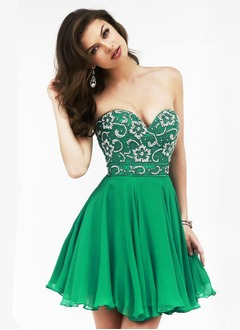 A-Line/Princess Strapless Sweetheart Short/Mini Chiffon Prom Dress With Beading