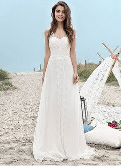 A-Line/Princess Sweetheart Court Train Chiffon Wedding Dress With Lace