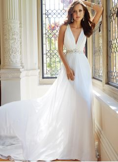 A-Line/Princess V-neck Chapel Train Chiffon Tulle Wedding Dress With Ruffle Beading