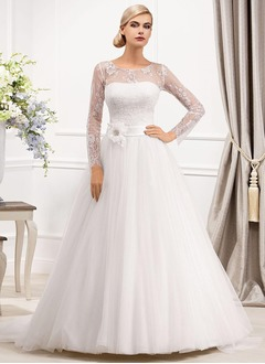 A-Line/Princess Scoop Neck Court Train Tulle Wedding Dress With Lace Beading Flower(s)