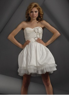 A-Line/Princess Sweetheart Short/Mini Taffeta Tulle Homecoming Dress With Ruffle Beading