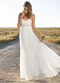 A-Line/Princess Sweetheart Floor-Length Tulle Wedding Dress With Ruffle Lace