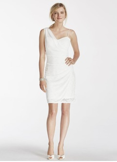Sheath/Column Sweetheart Short/Mini Chiffon Wedding Dress With Appliques Lace
