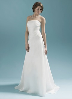 A-Line/Princess Strapless Sweep Train Organza Wedding Dress With Appliques Lace Bow(s) Pleated