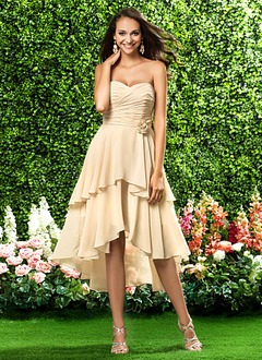 A-Line/Princess Strapless Sweetheart Asymmetrical Chiffon Prom Dress With Ruffle Flower(s)