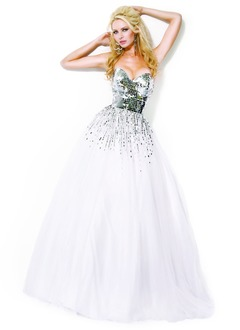 Ball-Gown Strapless Sweetheart Floor-Length Tulle Sequined Prom Dress