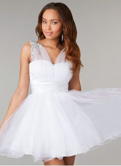Ball-Gown V-neck Short/Mini Tulle Charmeuse Homecoming Dress With Ruffle Beading