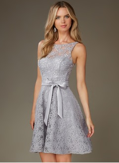 A-Line/Princess Scoop Neck Short/Mini Lace Cocktail Dress With Appliques Lace Sequins