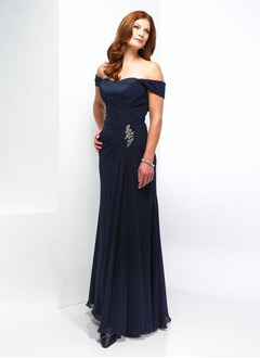 A-Line/Princess Off-the-Shoulder Floor-Length Chiffon Charmeuse Mother of the Bride Dress With Ruffle Beading