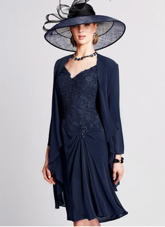 A-Line/Princess V-neck Knee-Length Chiffon Lace Mother of the Bride Dress With Beading